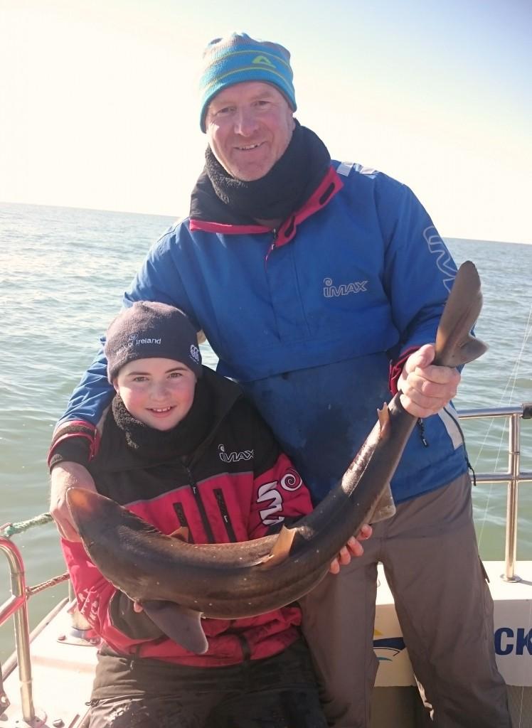 Darren Ryan col figlio Evan e il primo spinarolo della vita