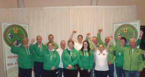 Uomini e donne vincono il campionato del mondo al loro primo tentativo!