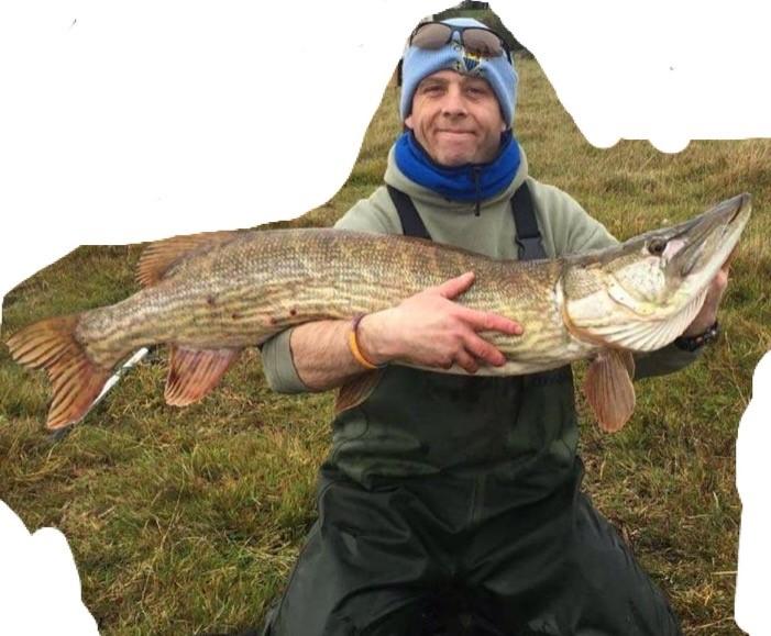 Martin Lynch col luccio di 13 kg.
