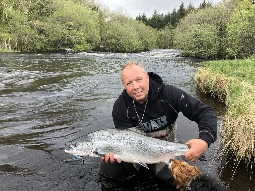 Mark Barbour: occhio al cane.. puo`apparire ovunque lungo il fiume!