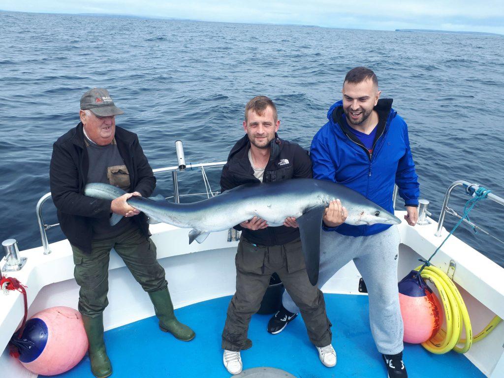 Declan Murphy con un bel pesce di 35 kg