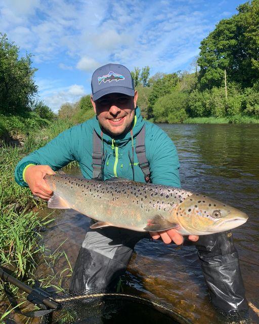 Yamil Turcuman sul Blackwater, Trout and Salmon Fishery.